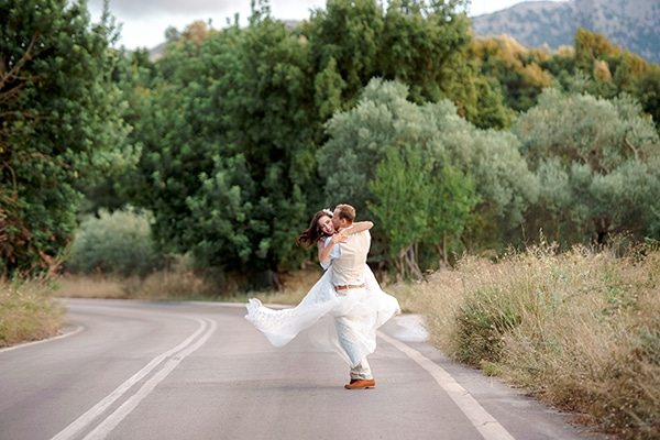 lovely-rustic-winery-wedding-crete_24