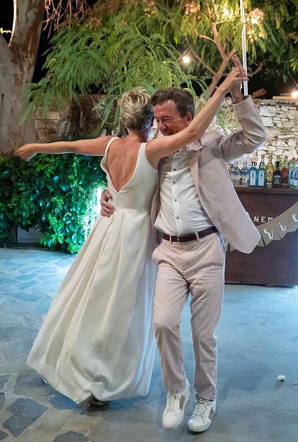 romantic-destination-wedding-folegandros_17