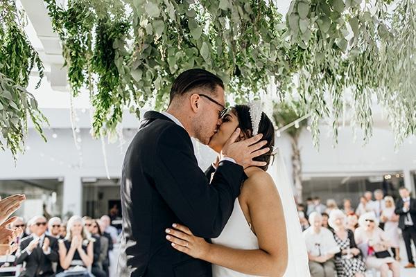 beautiful-beach-wedding-white-green-hues_31