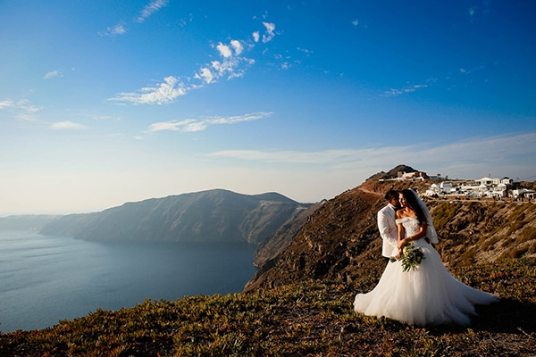 Beautiful romantic wedding in Santorini ? Andrea & Amit