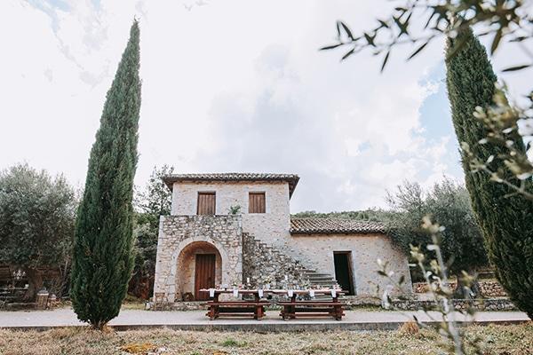 beautiful-vineyard-styled-shoot-lefkada_09