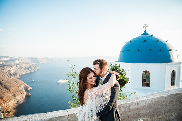 Gorgeous pomegranate wedding in Santorini ? Ashley & Daniel
