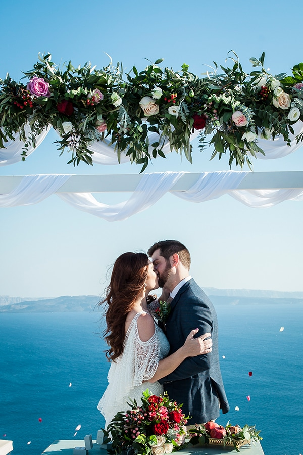 gorgeous-santorini-elopement_13