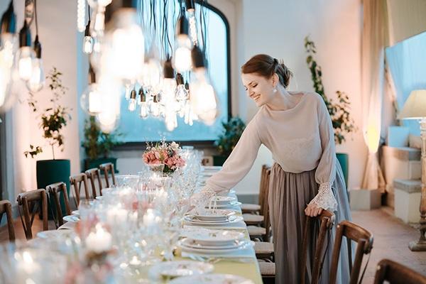 romantic-moody-styled-shoot-luxurious-villa_01