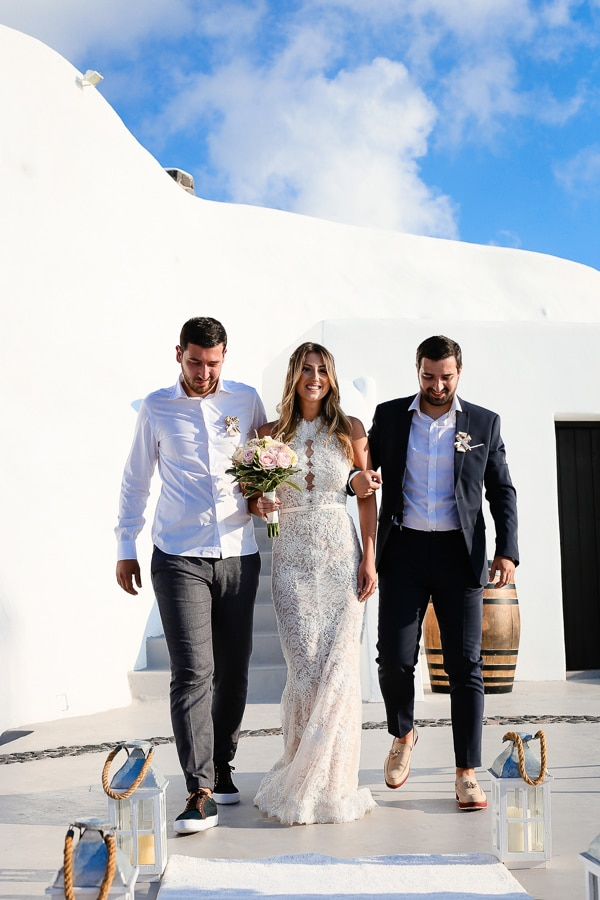 romantic-summer-wedding-santorini_12