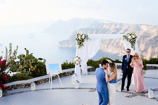 romantic-summer-wedding-santorini_20