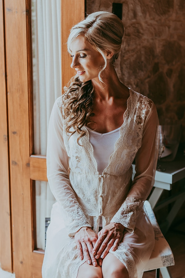 rustic-wedding-greenery-white-hues_08