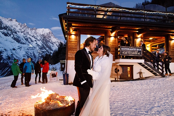 winter-romantic-wedding-italy_21