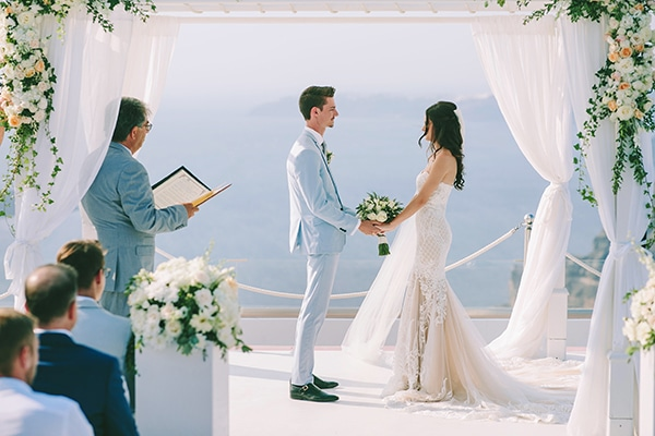chic-intimate-wedding-santorini_23