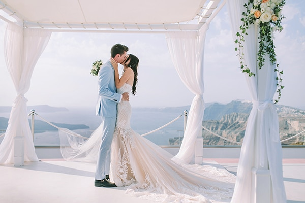 chic-intimate-wedding-santorini_25