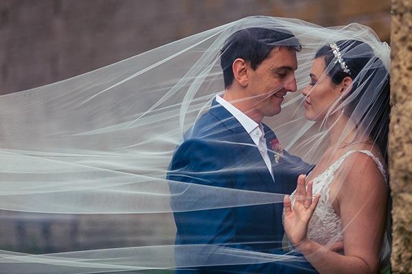 gorgeous-wedding-burgundy-hues-italy_01