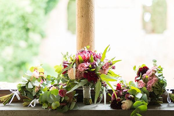 gorgeous-wedding-burgundy-hues-italy_02