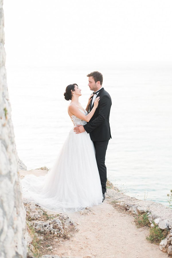 lovely-island-wedding-edgy-color-palette_04