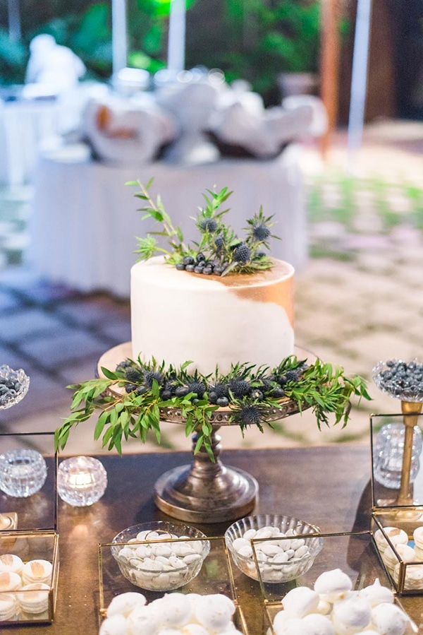 lovely-island-wedding-edgy-color-palette_33