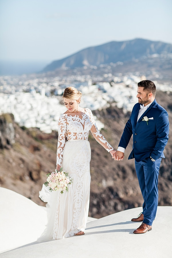 lovely-romantic-wedding-santorini_05