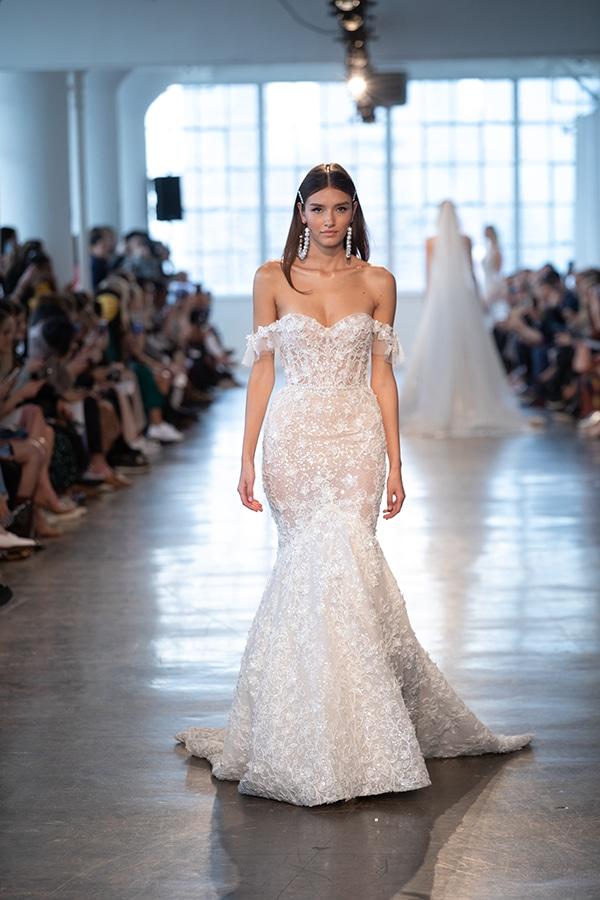 luxurious-berta-bridal-wedding-dresses-berta-runway-show-2020_12