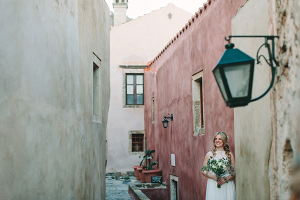 romantic-summer-wedding-monemvasia_39