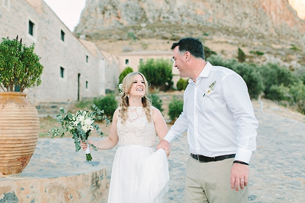 romantic-summer-wedding-monemvasia_41