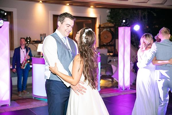 romantic-wedding-corfu-green-white-hues_29x