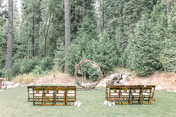 beautiful-elopement-styled-shoot-nature_17