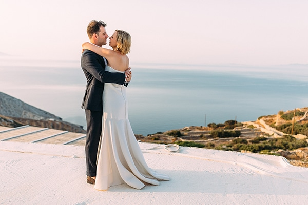 Beautiful rustic wedding in Folegandros | Catherine & Joel