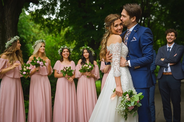 Beautiful summer wedding with romantic and rustic elements | Rebeca & Iosif