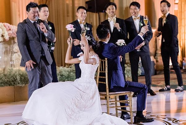 classy-romantic-wedding-soft-hues_36