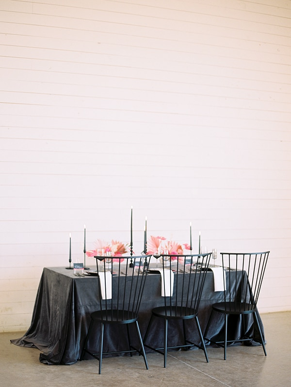 modern-styled-shoot-coral-black-tones_16
