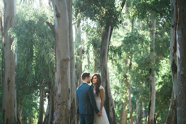 romantic-boho-chic-wedding-sea_04x