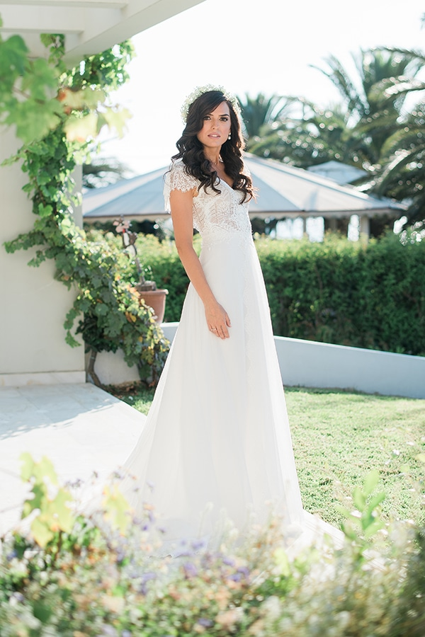 romantic-boho-chic-wedding-sea_10x