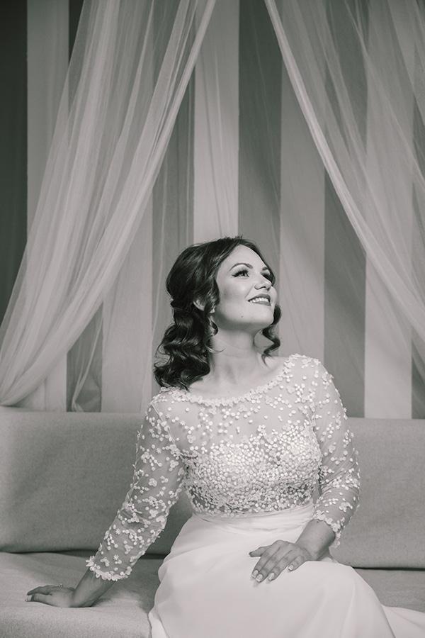 romantic-wedding-white-peonies_13