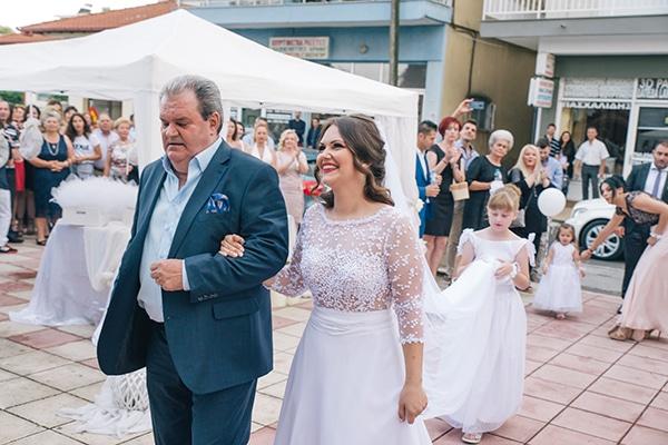 romantic-wedding-white-peonies_18