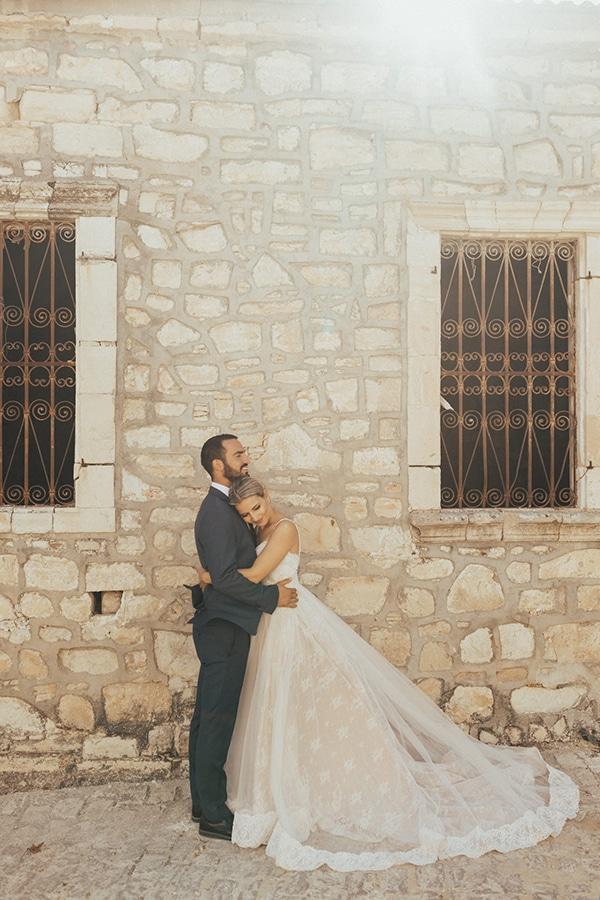 beautiful-summer-wedding-lefkara_02x
