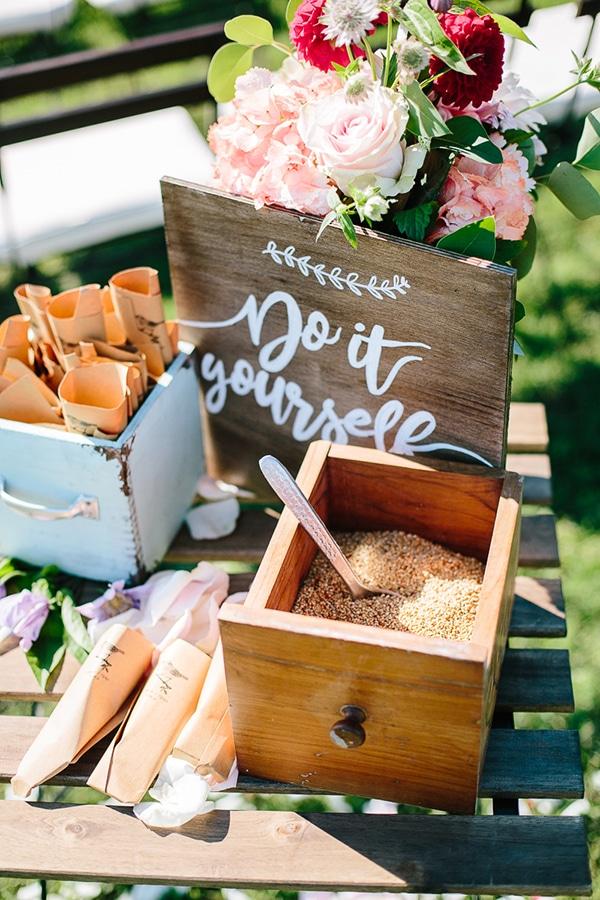 bohemian-colorful-wedding-tuscan-countryside_13x
