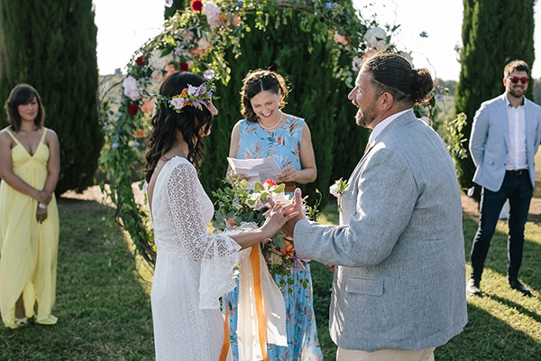 bohemian-colorful-wedding-tuscan-countryside_16