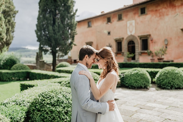 romantic-summer-wedding-tuscany-rustic-details_00