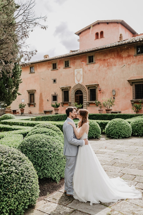romantic-summer-wedding-tuscany-rustic-details_03