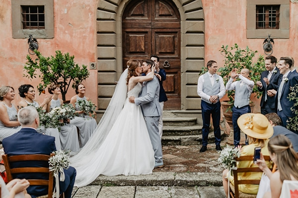 romantic-summer-wedding-tuscany-rustic-details_27