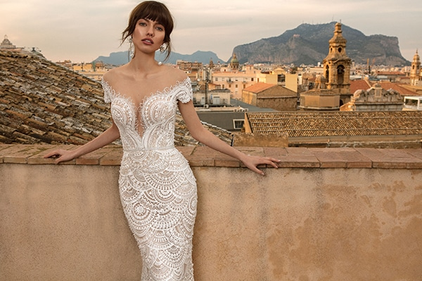 Gorgeous chic wedding gowns by Innocentia Divina | Sicilia Collection