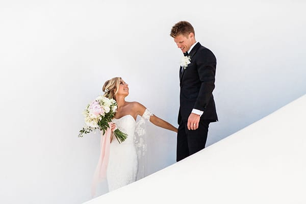 gorgeous-santorini-wedding-blush-pink-gold-hues_04