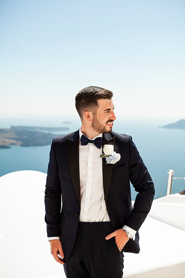 romantic-intimate-blue-white-wedding-santorini_15