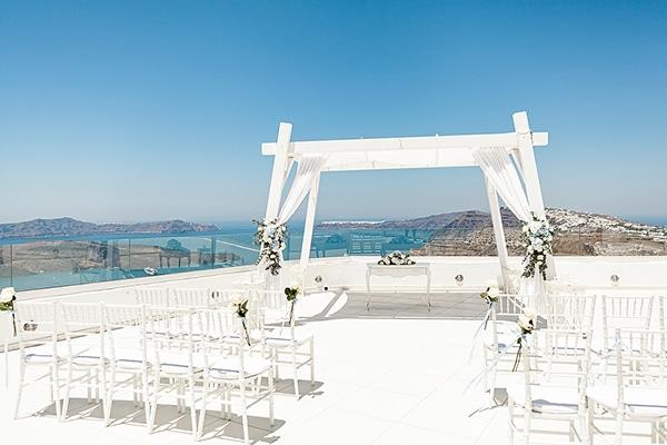 romantic-intimate-blue-white-wedding-santorini_16
