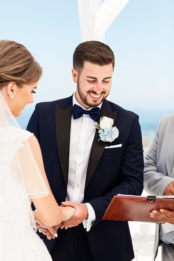 romantic-intimate-blue-white-wedding-santorini_25