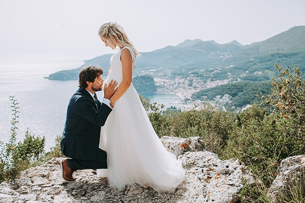 Summer beach wedding in Parga with romantic boho style | Ida & Marios
