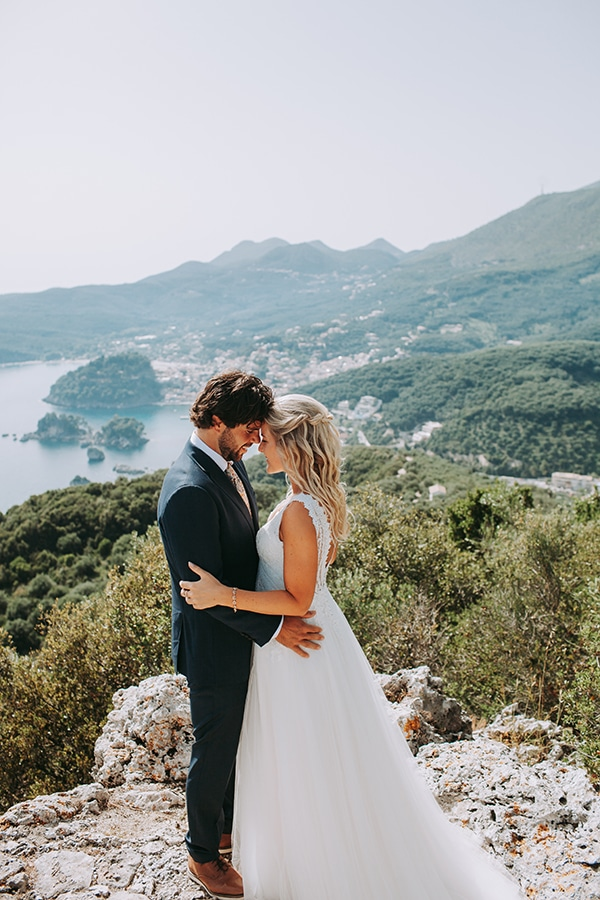 summer-beach-wedding-parga-romantic-boho-style_01x