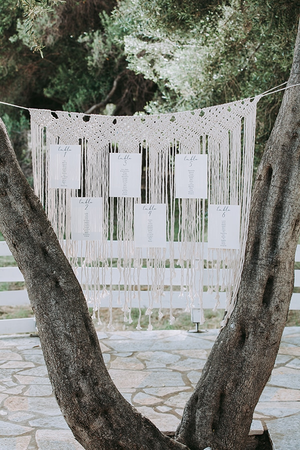 summer-beach-wedding-parga-romantic-boho-style_17