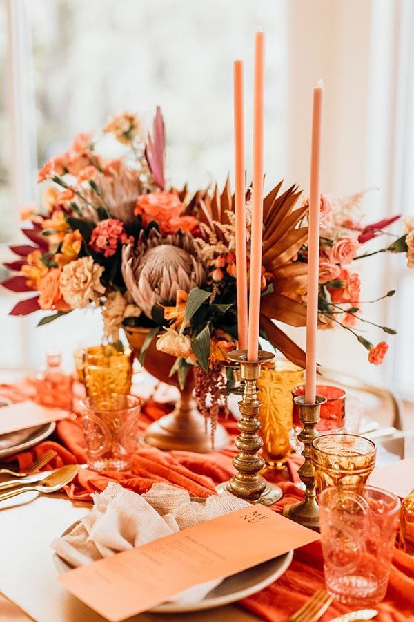vibrant-coral-styled-shoot-with-retro-touches_16