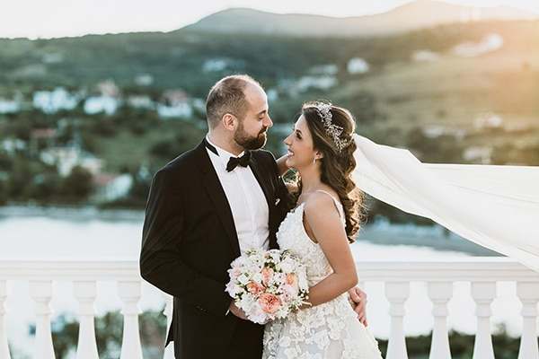 Romantic summer wedding in Sounio with a wonderful view   Reina & Edgard