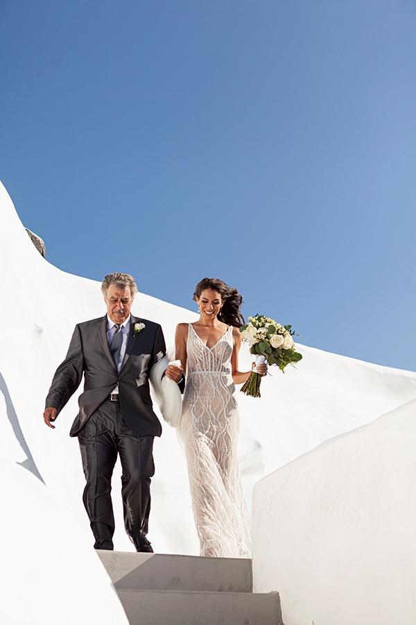 romantic-wedding-santorini-white-fresh-flowers-greenery_21