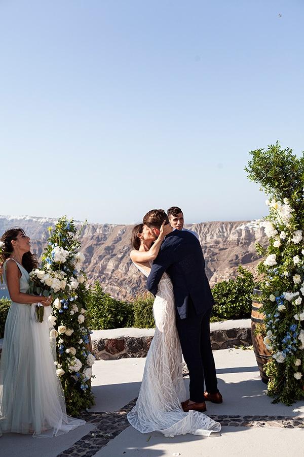 romantic-wedding-santorini-white-fresh-flowers-greenery_26